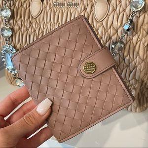 Authentic Bottega Veneta Mauve Intrecciato Wallet